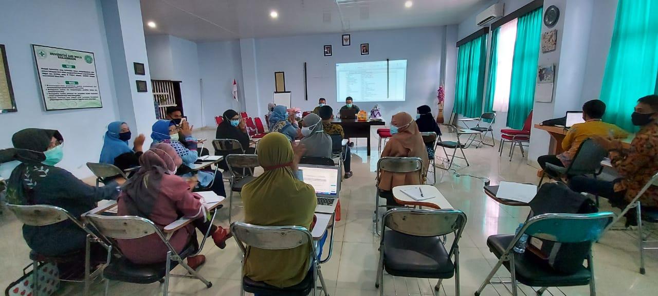 Rapat Koordinasi Dosen Internal Program Studi Sarjana Farmasi Menghadapi Tahun Ajaran Baru 2020-2021